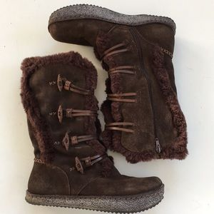 EUC Earth Brand leather boots
